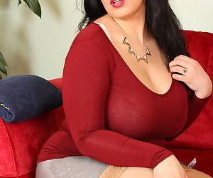 Obese brunette mom wets her huge breasts in shower after stripping naked