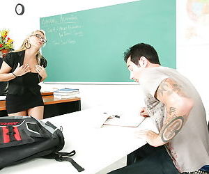Horny blonde Holly Halston is fucking with big dong in the classroom
