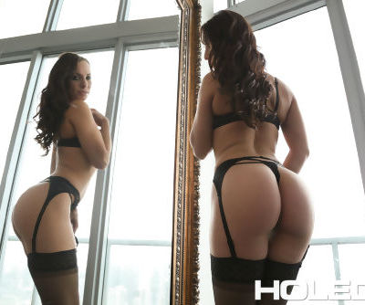 Solo girl Aidra Fox fingers and toys her asshole in stockings and garters