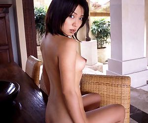 Stunning asian chick Bunko Kanazawa showcasing her petite curves