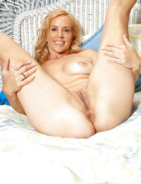 Amateur blonde Katrina exposes starving asshole and pussy in a solo action