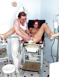 Fetish girl in glasses gives her hairy pussy for a look to gyno doc