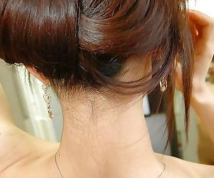 Asian teen Ayane Fukumori exposes her petite curves while taking shower
