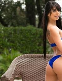 Amatoriale Ragazza Gina Valentina Solo Girato 18 e è di legale età per nudo in posa
