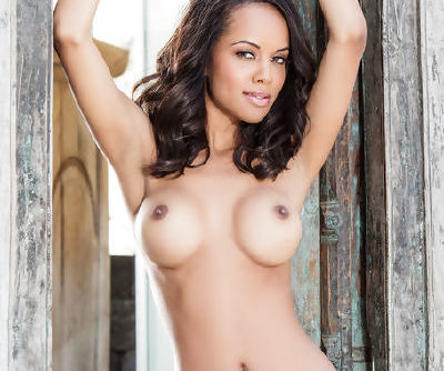 Brunette angel with big natural tits Amina Malakona amazes with her top solo