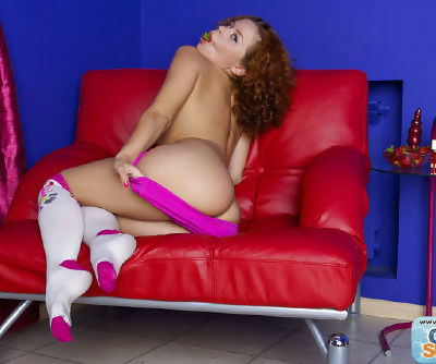 Cute Sunny loves to tease and stretch out her tight vag during top solo