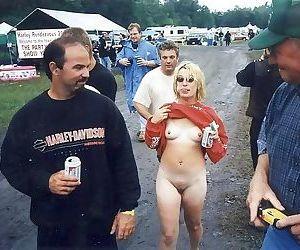 Nextdoor wives love sucking cocks on the beach - part 1275