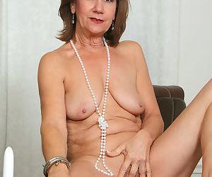 Lynn stocking pleasure - part 2409