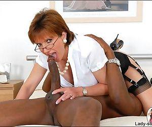Black dude fucking british milf lady sonia - part 2277
