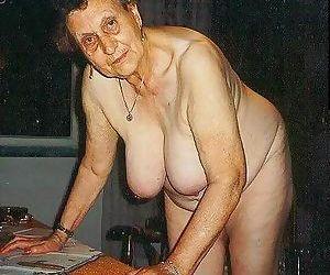 Kinky older amateur grannies poser - part 1731