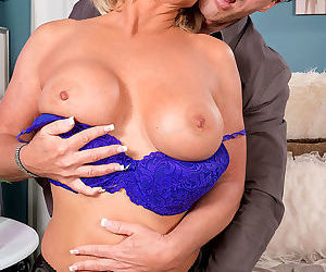 Older blonde brandi jaimes opening mouth wide for jizz after hard fucking - part 353