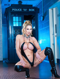 European milf Leigh Darby is featured in a hot posing scene naked