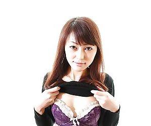 Pretty asian MILF Aoi Katayama undressing and vibing her hairy slit