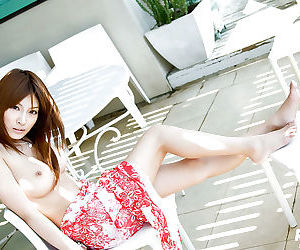 Amazingly beautiful Kirara Asuka stripping and spreading her legs