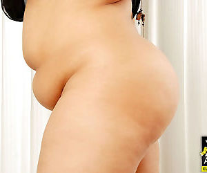 Chunky asian gets naked and shows her fat pussy - part 4810
