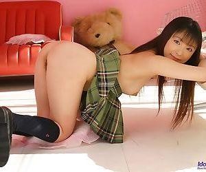 Japanese schoogirl emiru momose posing shows pussy - part 3719