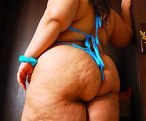 Bbw cassie showcases her big fat ass - part 286