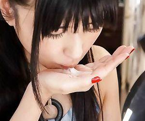 Asian satomi ichihara gives a blowjob till facials - part 266