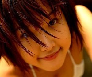 Japanese idol keiko akino shows her body in bikini - part 2139