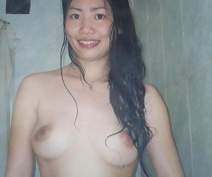 Compilation of a singaporean babe posing in the shower - part 776