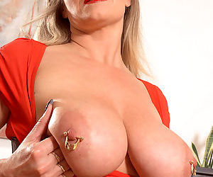 Sexy german milf marina montana masturbating - part 2953