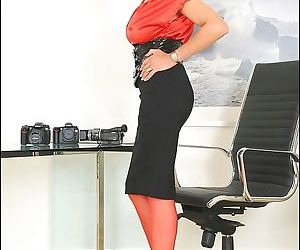 Red seamed nylons leggy older secretary lady sonia - part 2623