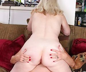 Older licking lesbians judy belkins and rae hart - part 696
