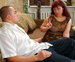 Red haired mature chick lets a horny guy finger and drill her it - part 1072