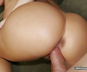 Busty cougar maya devin on the prowl for cock - part 2999