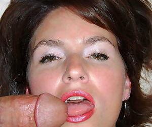 Smsteut mature babes sycking cocks - part 2243
