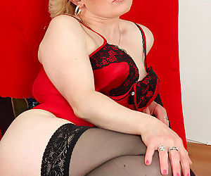 43 year old mareaux from allover30 looks spicy hot in red lingerie-margeaux-jul - part 2849
