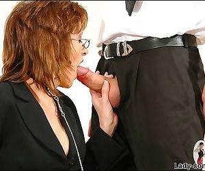 Glassed elegant secretary sucking cock - part 2779