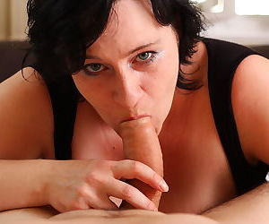 Big breasted mature slut sucking a hard cock - part 2418