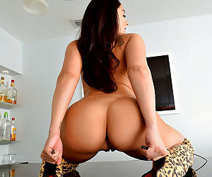 Sultry busty sheena ryder - part 2799