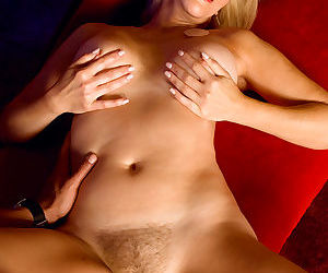 The first time were seeing erica lauren with a cock in her mouth - part 2501
