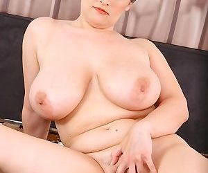 Busty mature babe olarita gets her pussy pounded by cock - part 3356