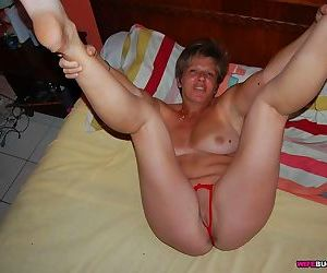 Slutty mature wife fucked at home - part 2375