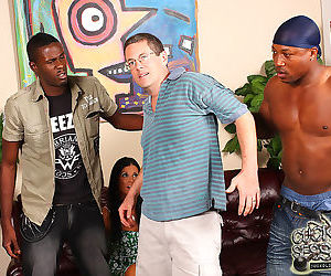 India summer gets gangbanged by blacks in front of hubby - part 11