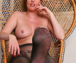Holly kiss in sexy nylon pantyhose - part 11