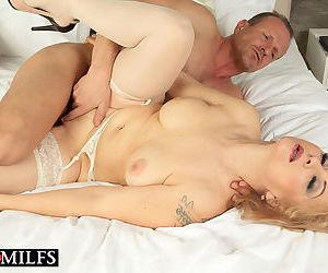 Blonde matur babe veronique gets ass fucked - part 12