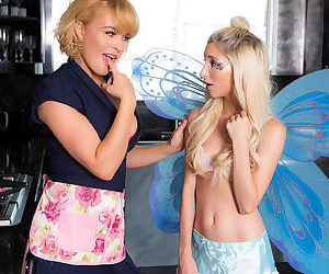 Skinny teen blonde fairy fucking a horny, thick lesbian housewife - part 1241