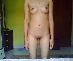 Horny asian chick posing naked and spreading - part 969