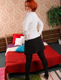 Hot milf playing with herself - part 411