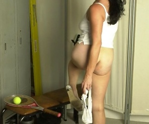 Amateur granny showing tits in locker room - part 2532