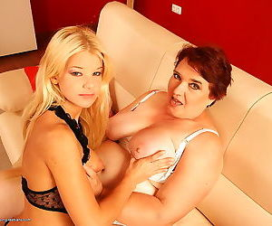 Hairy mature lady gets licked out by a hot blonde teen - part 3414