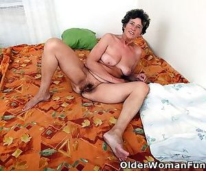 Grandmother lidy spreads her hairy pussy - part 4452