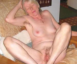Very nice granny ladies - part 5195