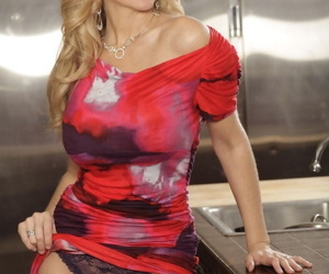 Busty milf Julia Ann taking off her outfit and showing off pussy