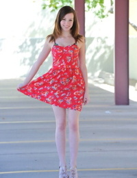 Victoria outdoor striptease - part 4718