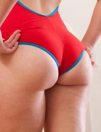 Cute girl irene quinn teases in swimsuit - part 4595